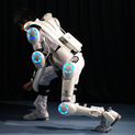 ロボットスーツ HAL-5<br /> ロボットスーツCYBERDYNE株式会社+株式会社エルムデザイン