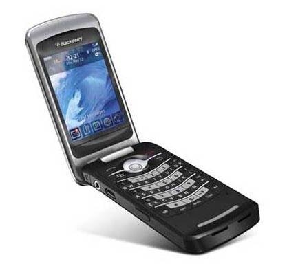 BlackBerry Pearl Flip8220