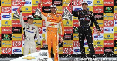 佐藤琢磨がインディ第4戦決勝、3位表彰台