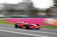 F12008aus01.jpg