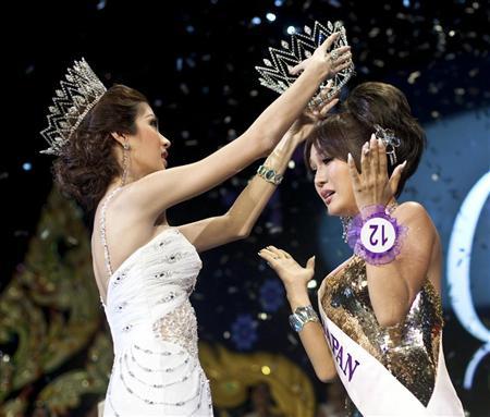haruna_ai_miss_international_queen2009a.jpg